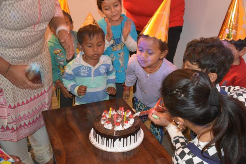 Sharing is Caring  	Celebrate your birthday  with underprivileged kids    & Spread Happiness